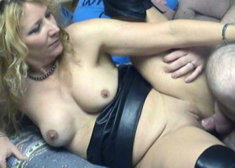 Annie in leather and getting fucked